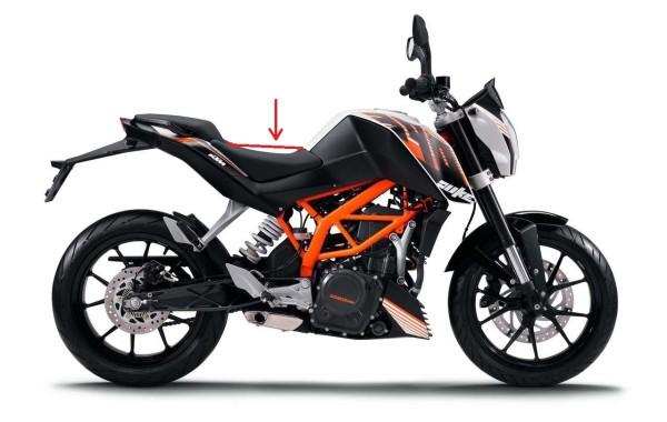 2013-KTM-390-Duke-01